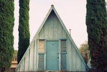 Chozas, casas y cabañas / Lugares curiosos o de ensueño para vivir.