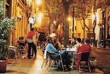 """Valencia / Ciudad situada en el levante español, a orillas del Mediterráneo; proviene del latín, Valentia, que significa 'fuerza, vigor,salud, robustez, perfecto estado""""."""