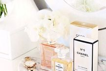 Aroma & Fragrance / A little spritz here a little spritz there...