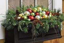 Holiday decor / Lovely ideas to bring the indoors out and the outdoors in for those extra special festive accents.