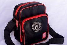 Tas Manchester United Murah / jual tas manchester united (MUFC) murah berkualitas ready stock banyak pilihan. SMS/WA/LINE: 085736078627 BB: 54619660 website: www.tasklubbola.com