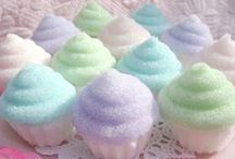 Sweet Treats / Pictures and Recipes of delicious Desserts, Tarts, Drinks and any other Sweet Treats