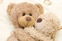 Teddy Treasures / Teddy Bears made of different materials