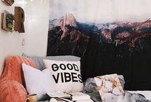 Room / Bedroom Goals