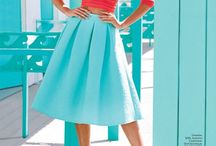 Midi Skirts / Flared skirts or midi skirts that never go out of style. They can be plain, with pattern, pleated or vintage.