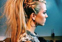 HAIR / Hair... Never too much!