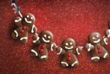 Czekoladowe Święta / Magia Bożego Narodzenia ukryta w najlepszej czekoladzie. Odkryj niepowtarzalne propozycje na słodkie upominki dla najbliższych na Mikołajki i Boże Narodzenie.
