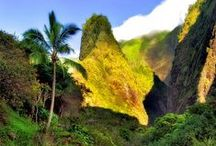 Maui, Hawaii / The island of Maui is home to the Maya Yoga Studio. #trymayayoga A tropical paradise <3 Perfect for a Hawaiian vacation!