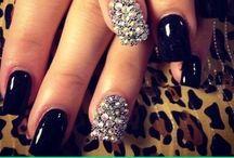 Nails I loveeeeeee / by Nicole Hough