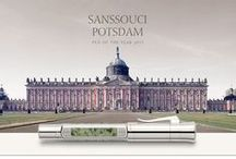 "Pen of the Year 2015 - Sanssouci, Potsdam / Inspired by the impressive architecture of the ""New Palace"" the ""Sanssouci,Potsdam"" Pen-of-the-Year brings the lustre and aesthetics of a major era alive in a fascinating manner. Both editions come with an 18-carat, bicolour gold nib that is run in by hand. An end-cap protects the rotary knob of the plunger mechanism of the plunger-type fountain-pen. #Chrysoprase #fountainpen #styloplume"