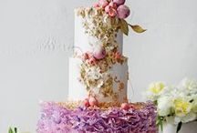 Spring is in Bloom / Spring Cake Ideas
