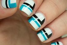 Sleek Nails / by Lorena RV