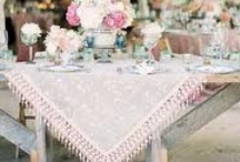 Decoration Mariage Dentelle // Lace Wedding Style / Une sélection d'accessoires et objets de décoration pour un mariage d'inspiration dentelle. // A selection of lace wedding accessories and decoration.