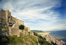 Salerno / Tra le mete turistiche più ricercate, Salerno è ricca d'arte, cultura, storia e divertimenti. Soggiornare all'Hotel Palace significa raggiungerla in pochi minuti.