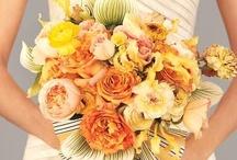 Bouquet Mariée Orange // Orange Wedding Bouquet / Une sélection des plus beaux bouquets de mariage orange. // A selection of the most beautiful orange wedding bouquets.