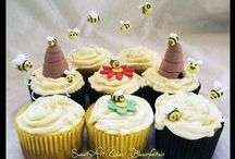 Beetles, bugs & butterflies / Cakes, cupcakes, fondant cake & cupcakes toppers. For more information & orders Email SweetArtBfn@gmail.com or call 0712127786