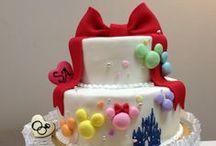 シュガーアートのケーキ (食べられます)
