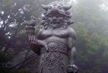 Gods / Kdo byli a jsou Bohové,proč mezi sebou válčili o moc a jakou roli  hrajeme jako lidstvo my?