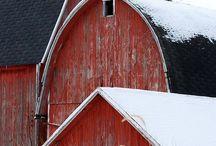 My dream stables / Farms, stables, ranch, decor, Architecture, Interior design, homes, style, furnishings, accessories. Nikohl cadeau interiors www.nikohlcadeau.com