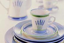 Fleur de Provence - Zeller Keramik / Naczynia Zeller Keramik z przepięknej kolekcji Fleur de Provence, inspirowanej regionem południowo-wschodniej Francji. Wspaniałe krajobrazy, ciepły klimat , kwitnąca i pachnąca lawenda. Z ceramiką Fleur de Provence można przeżyć podróż do tych pięknych regionów.