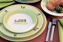 Bella Toscana - Zeller Keramik / Bella Toscana to kolekcja ceramiki od Zeller Keramik oddająca klimat pięknej Toskanii. Malownicze wzgórza, średniowieczne budynki, cyprysy i gaje oliwne - któż nie chciałby choć na chwilę zatopić się w tych stronach.