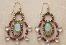 DIY inspiration: Jewelry to Make / by Dora Carson