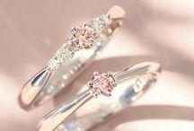 ブライダルジュエリー  Bridal Jewelry / 100万粒に1粒の確率でしか出会えない、稀少な天然ピンクダイヤモンドを使用した婚約指輪を中心にご紹介します。