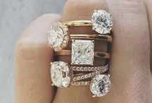 Rings to swoon for... / A curated board of engagement rings and wedding rings that we here at Confetti Grey l-o-v-e. If only we could upgrade every year <3