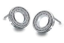 Náušnice Hot Diamonds / Náušnice Hot Diamonds - rhodiované stříbro zdobené bílými diamanty.