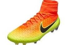 Nike Magista Soccer Shoes / The latest and greatest of the Nike Magista Soccer Cleat.