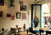 KANNIBALEN & PARADIJSVOGELS 1 / Indische toko rumah makan winkeltje en catering