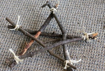 Craft Ideas...Nature Crafts / Crafts from twigs, limbs, leaves, seed, shells, driftwood, and other natural items.