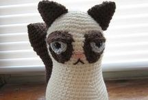 Amigurumi / All those adorable critters that make me want to learn to knit and crochet.