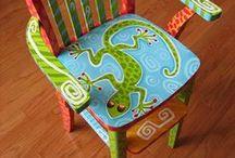 meubles peints et autres