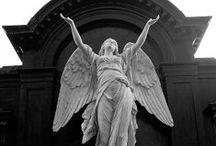 Angel Statues / by Nickie Huddleston Turner