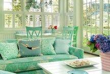 Крыльцо,  веранда (porch veranda) / Декор террасы, внутреннего дворика, балкона, крыльца, беседки.