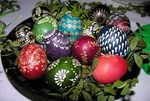 Easter Eggs / Here you will find examples of painted Easter eggs. Painting Easter eggs is an old Tradition in Lithuania