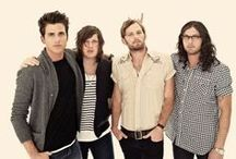 Kings of leon☆ / by Destiny
