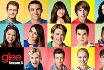 Glee 5 / Qui sono raccolte tutti le recensioni degli episodi della quinta stagione di Glee, completi di performance, pareri personali e promo.