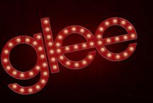 Glee 6 / Qui sono racchiuse le recensioni della sesta serie di Glee, con opinioni sulle performance e lo sviluppo della storia.
