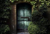 Doors / Old doors, cool doors, new doors. / by Ramon Fonseca