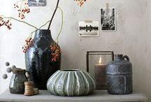 Casa Vivante - 2014 / Casa Vivante brengt een hartverwarmende stijl in uw interieur met een uitgebreide keuze aan woonaccessoires en decoratie. De producten worden vervaardigd met oog voor kwaliteit en design. Elke lantaarn, kandelaar, vaas, … kadert in de rustieke, robuuste en romantische sfeer van Casa Vivante. Verkrijgbaar in onze winkels in Ekeren en Sint-Katelijne-Waver.