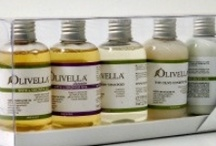 Gift Sets / Selections of the finest extra virgin olive oils and vinegars, perfect for gifts.
