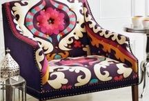 PILLOWS AND ARMCHAIRS /
