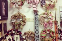 Wreaths/Door Hangers