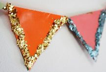 DIY: Party Deko / Hier sammel ich Ideen für Geburtstage, Partys und Feste zum Beispiel: Seidenpapier, Honey Comps, Wabenbälle, Pompoms, Girlanden, Einladungskarten, Muffins, Dekoration, Deko