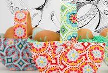 DIY: Oster Ideen zum selbermachen / Hier sammel ich all die tollen Nähideen und DIY Ideen, die es für Ostern gibt. Osterhasen nähen, Osterkorb Ebook, Schnittmuster, Nähanleitung, Hase, Kissen, rosa, weiß, Tasche, Korb, Ostern, sewing, pattern.