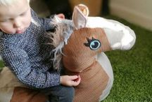 SEWING: Ride-on stuffed horse/  handmade pony / Make dreams come true. Sew a horse to cuddle and ride on. Step by step sewing instruction, pattern, rocket horse,  batting, filling, cord, girl, horse, pony, birthday, christmas