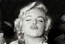 Marilyn - the definitive collection