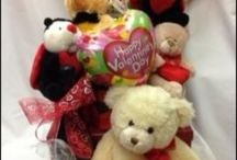 Send a Basket Valentines Day Gift Ideas / A great range of Valentines Day Gift ideas for that special person in your life. Wife, Husband, Life Partner, Fiancée, Girlfriend or Boyfriend. South Australian products. Ask us for gift suggestions this Valentines Day